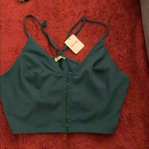 Free people crop too with front clasps size large